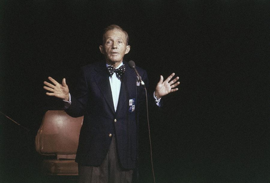 "8. ""White Christmas"" –Bing Crosby"