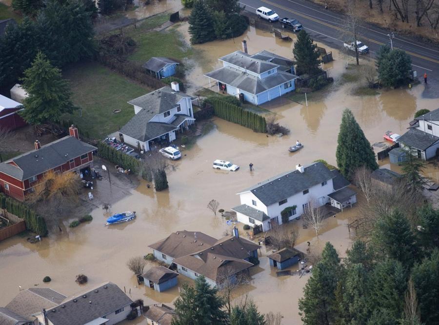 Wielkie powodzie dotknęły stany Oregon i Waszyngton