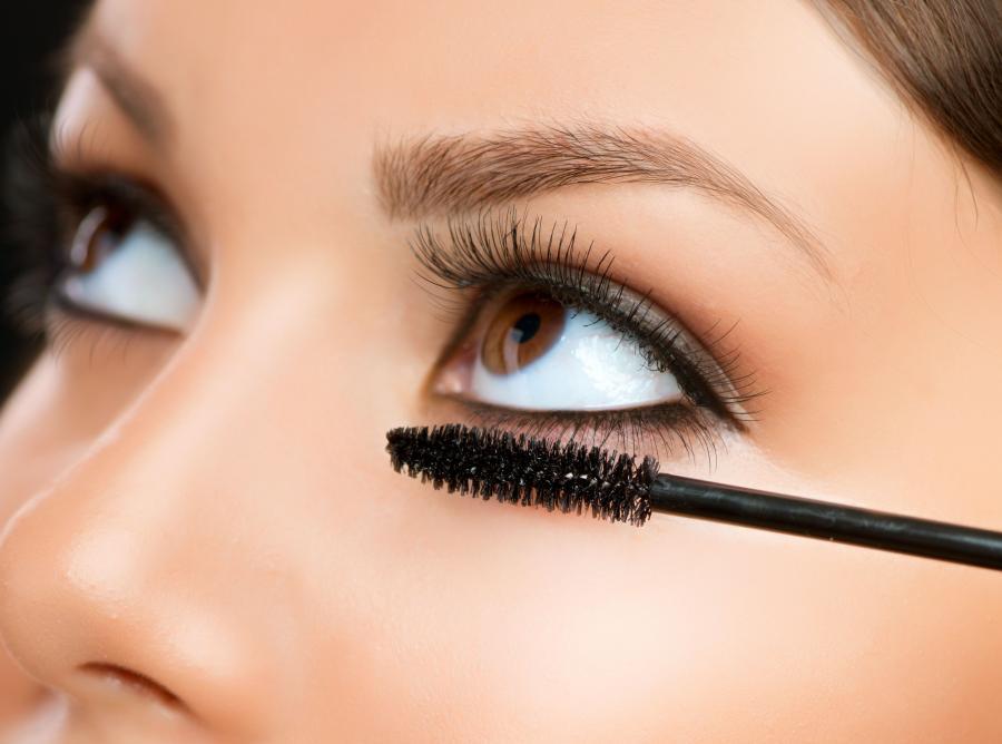 2. Kosmetyki do  makijażu