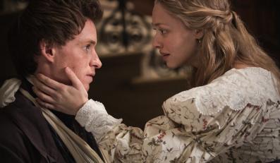 """Amanda Seyfried i Eddie Redmayne w filmie """"Les Misérables. Nędznicy"""""""