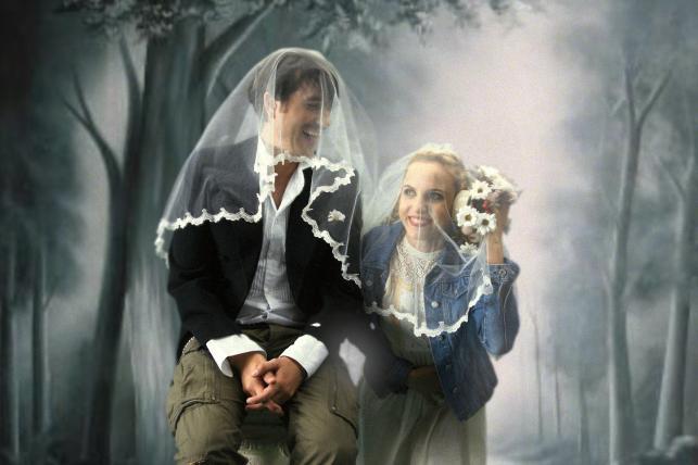Julia Kijowska i Marcin Dorociński na ślubnych zdjęciach