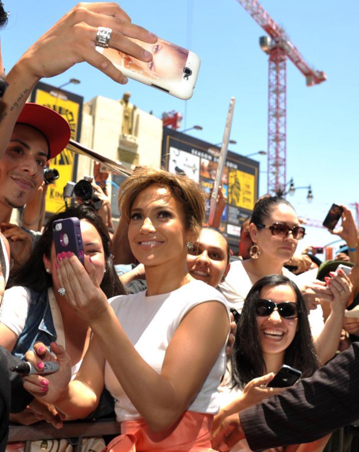 Jennifer Lopez to \