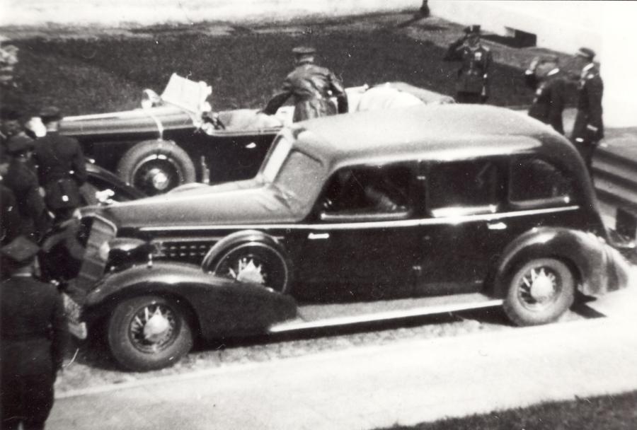 Jedyne zdjęcie Cadillaca Marszałka Józefa Piłsudskiego, jakie zachowało się z połowy lat 30.