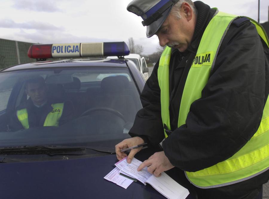 Już nie odmówisz policji przyjęcia mandatu