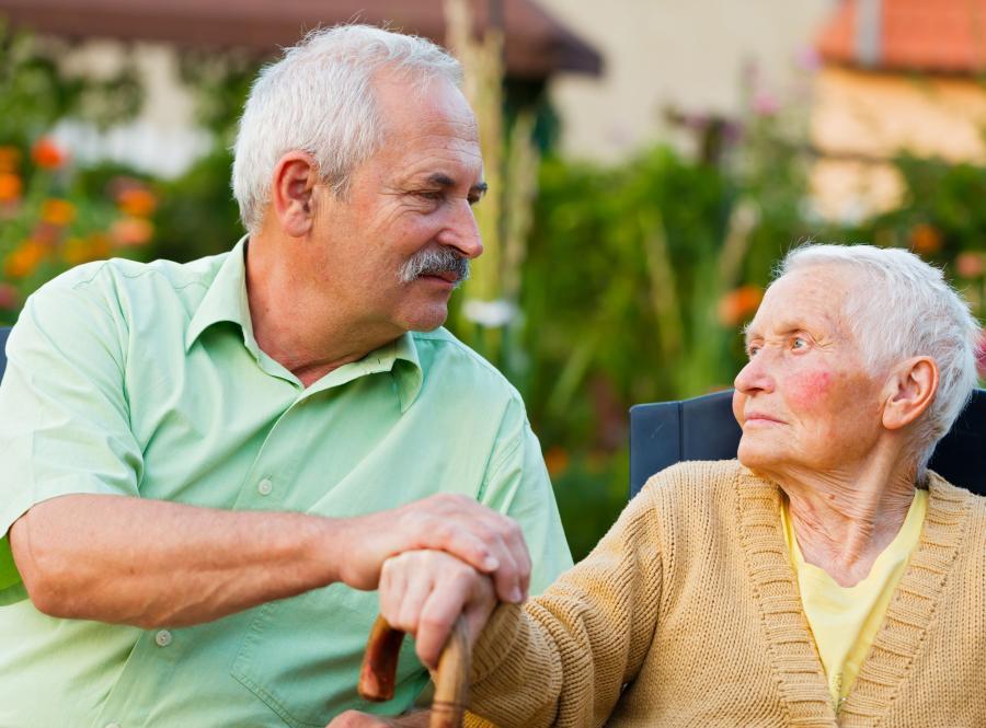 Chory na alzheimera potrzebuje opieki