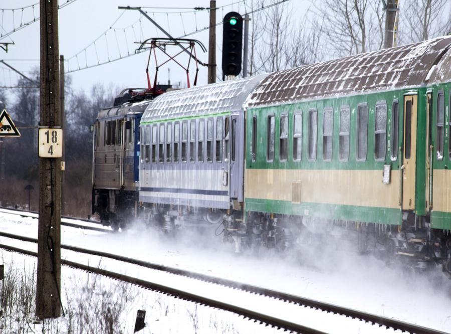 Przyszła zima, pociągi utknęły