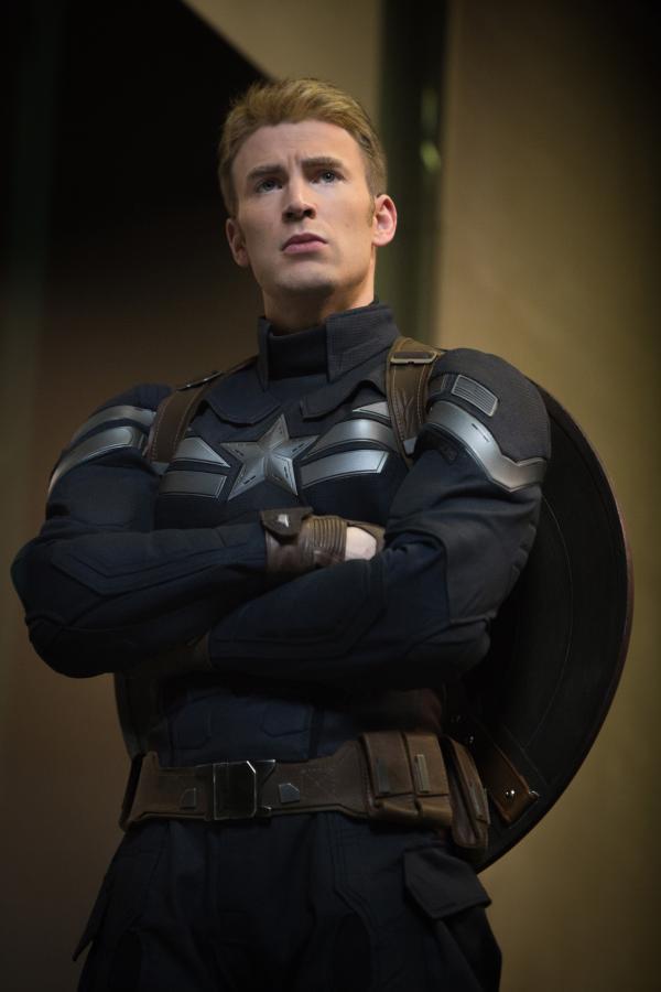 """Chris Evans w filmie """"Captain America: Zimowy żołnierz"""""""