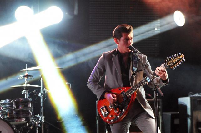 """7. """"I Bet You Look Good On The Dancefloor"""" –Arctic Monkeys"""