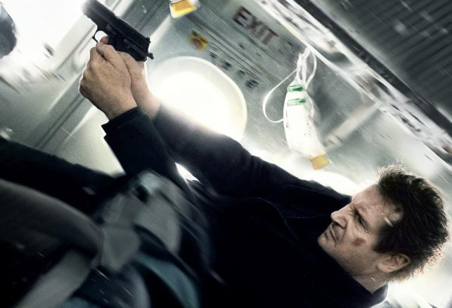 """Liam Neeson w filmie """"Non-stop"""""""