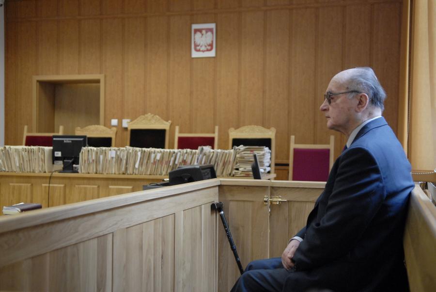 Generał Jaruzelski stanie przed sądem za stan wojenny