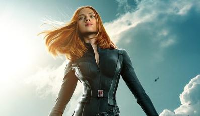 """Scarlett Johansson dziewczną z plakatu filmu """"Kapitan Ameryka: Zimowy żołnierz"""""""