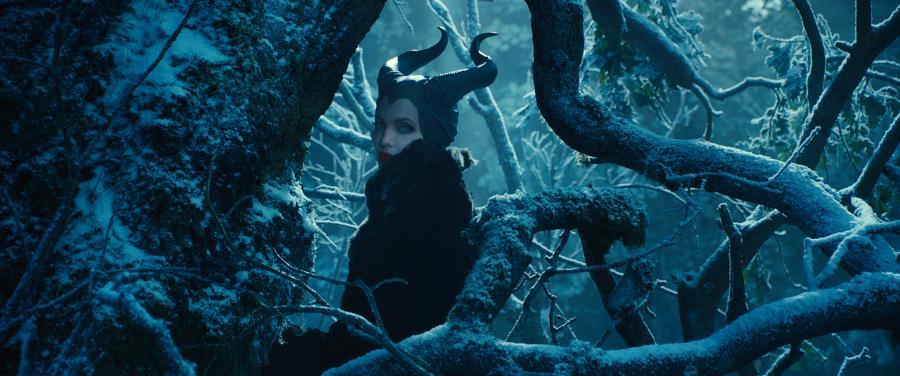 """Angelina Jolie w filmie """"Czarownica"""""""