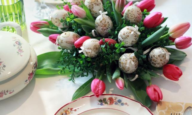Jak udekorować stół na Wielkanoc? Inspiracje w 6 różnych stylach