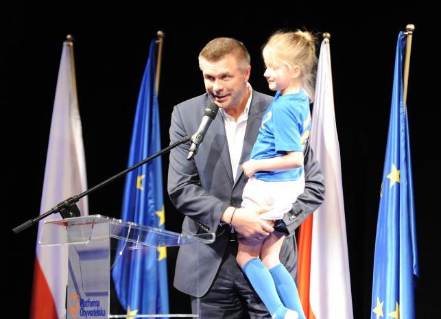 Bogdan Wenta uratował honor sportowców w eurowyborach