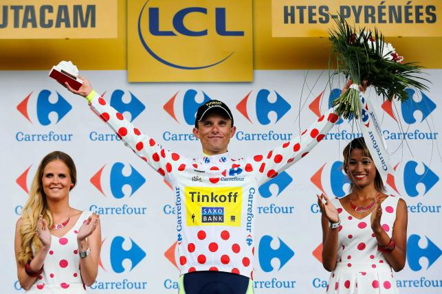 To one całują Rafała Majkę na Tour de France