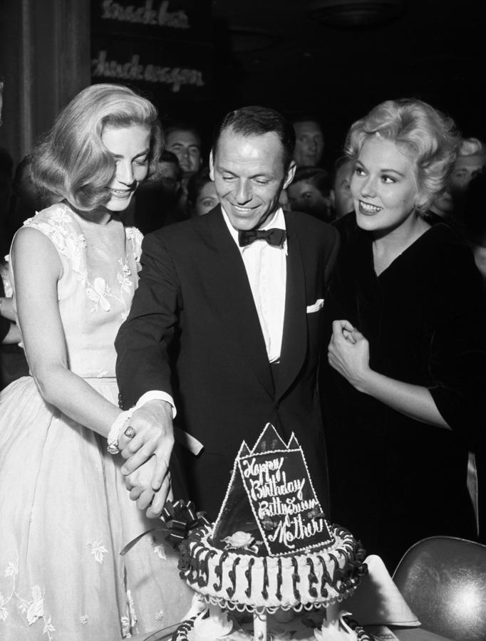 Lauren Bacall, Frank Sinatra i Kim Novak w 1956 roku