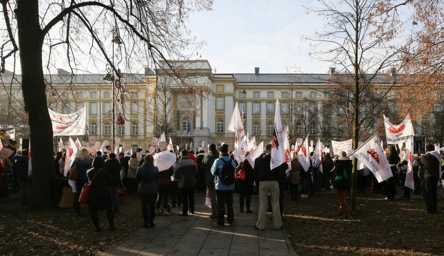 Protest nauczycieli przed Kancelarią Premiera