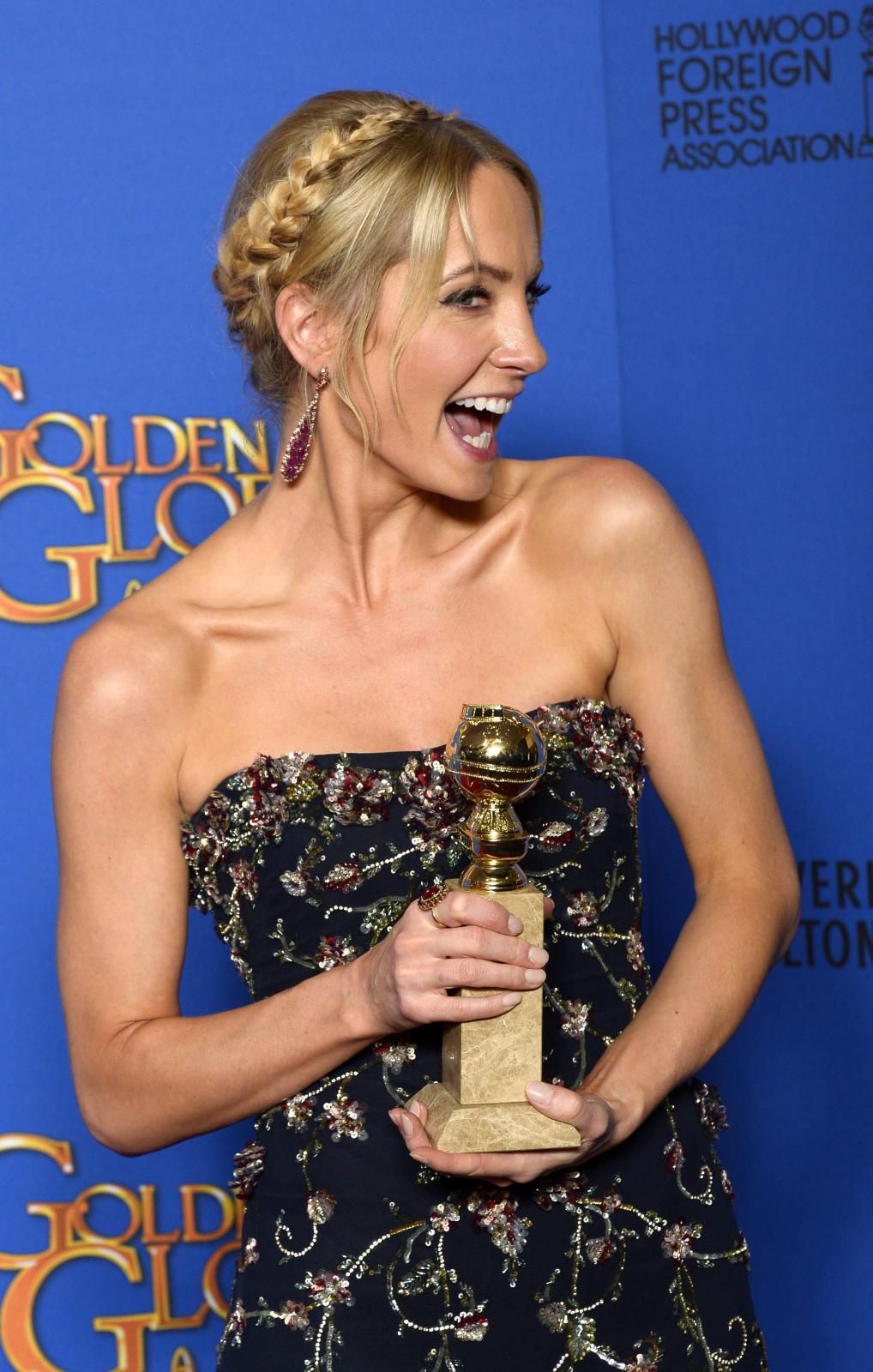 """Najlepsza aktorka drugoplanowa w serialu, miniserialu lub filmie telewizyjnym:<br>Joanne Froggatt – """"Downtown Abbey"""""""
