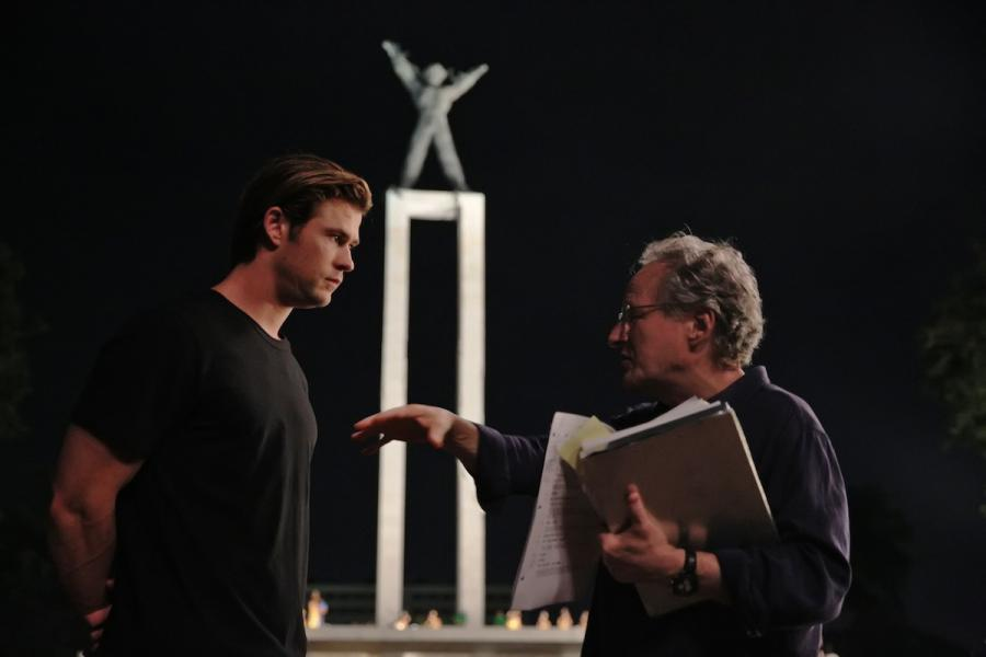 Michael Mann i Chris Hemsworth na planie \