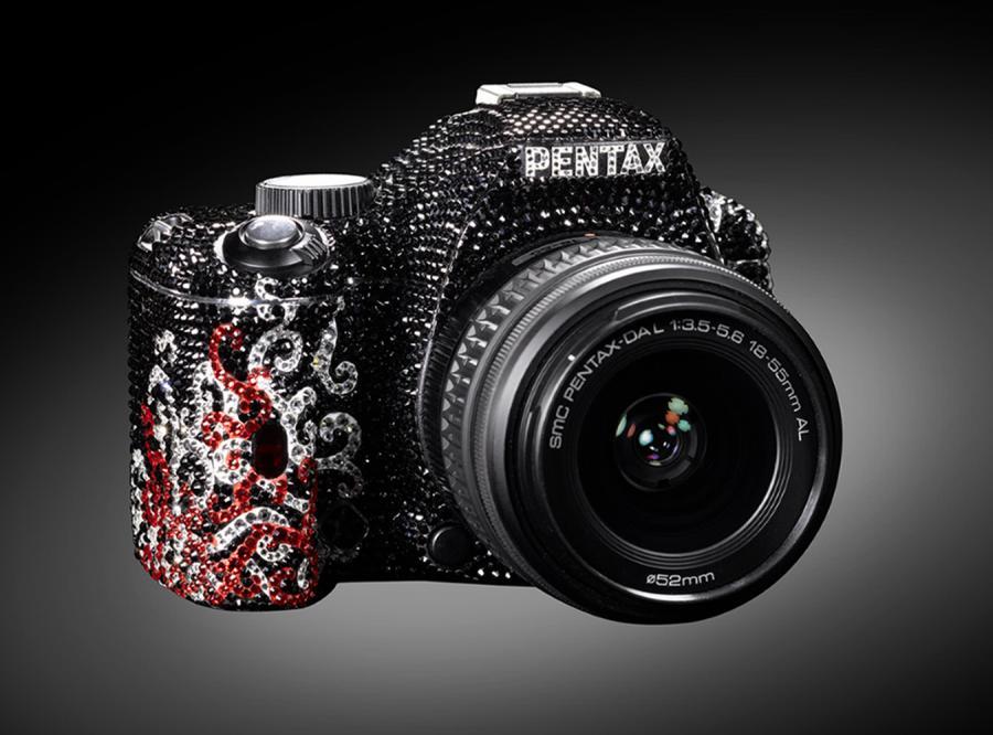 Kryształowa lustrzanka Pentaxa
