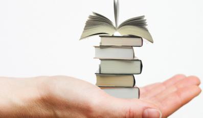E-booki - małe pojemniki na tysiące książek