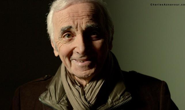 Niepokonany! 91-letni Charles Aznavour wydał 51 płytęw karierze. Jak on to robi?