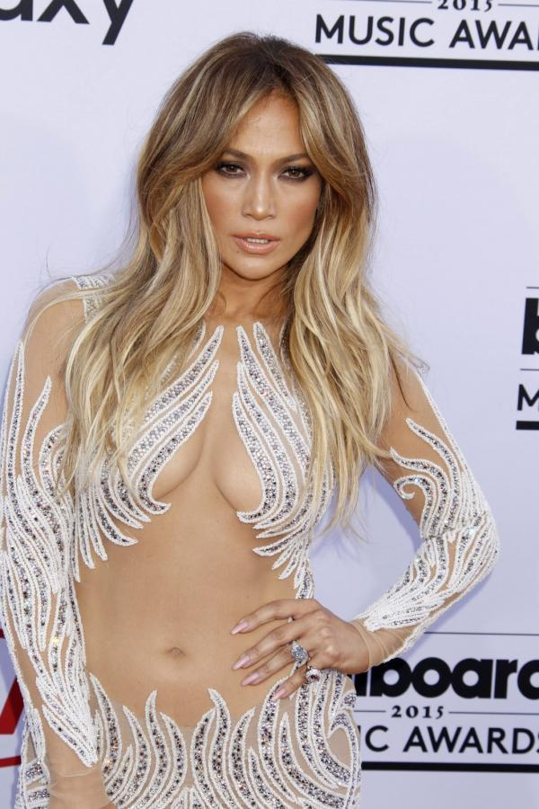 Jennifer Lopez na gali Billboard Music Awards 2015