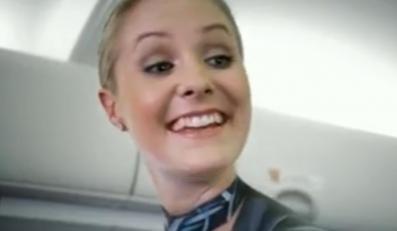 U nich latają nagie stewardessy