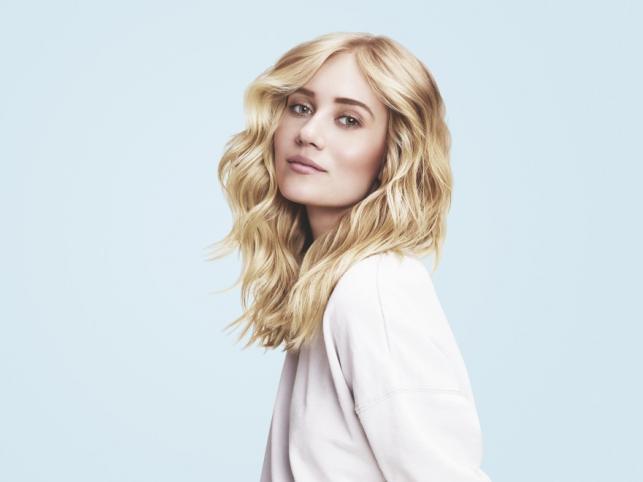 Blond fale