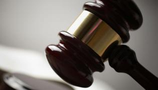 Szef CBA ma przeprosić oskarżonego o korupcję