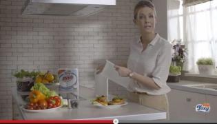 Małgorzata Rozenek w reklamie ręczników Foxy