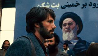 """Ben Affleck w filmie """"Operacja Argo"""""""