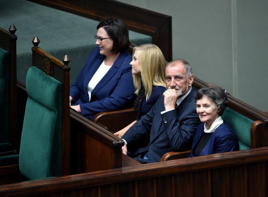 Rodzice Andrzeja Dudy: Jan Tadeusz Duda i Janina Milewska-Duda i córka prezydenta Kinga Duda oraz posłanka PiS Małgorzata Sadurska
