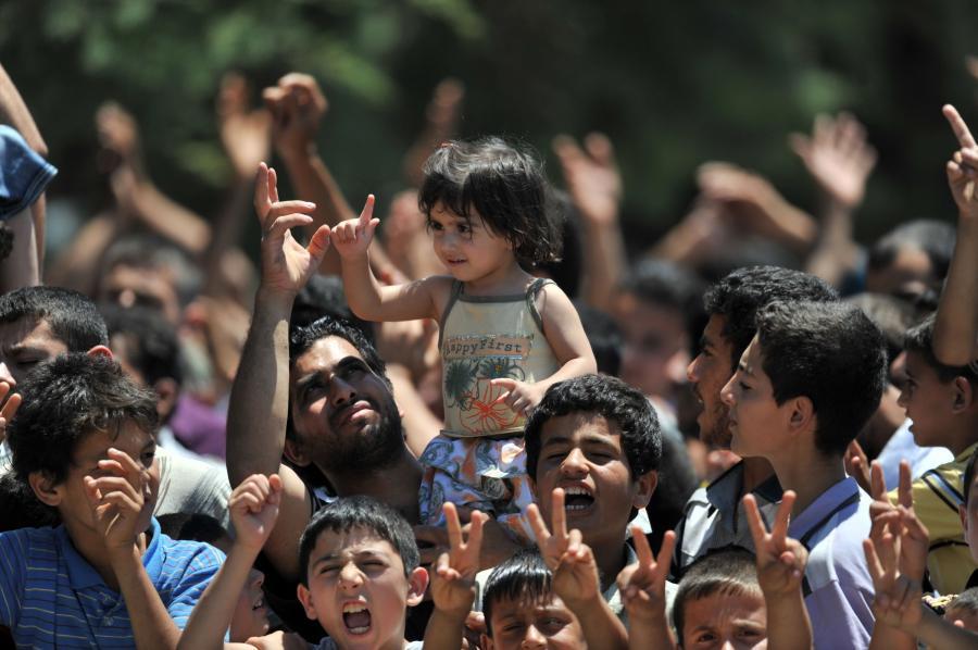 Syryjscy uchodźcy na granicy z Turcją
