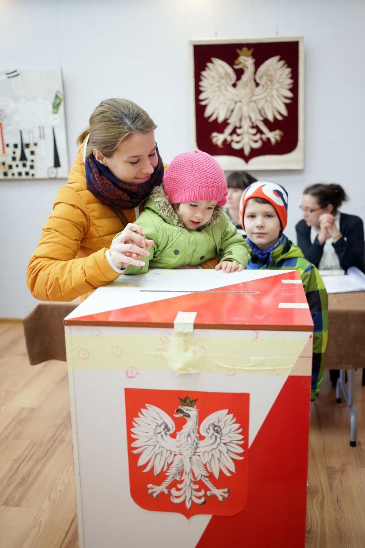 Głosowanie w wyborach parlamentarnych
