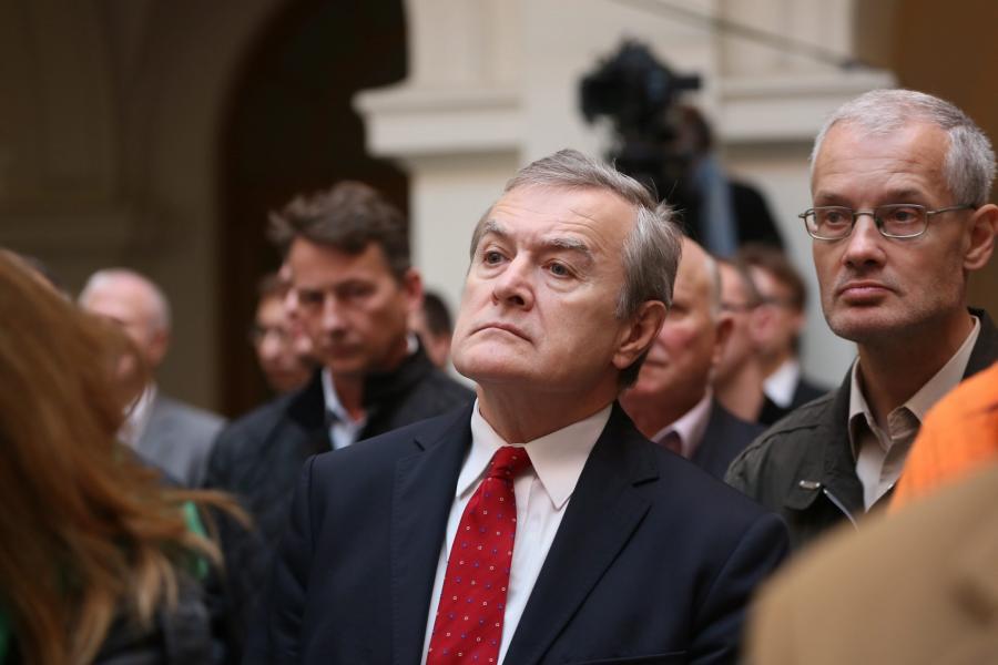 Prof. Piotr Gliński w auli Politechniki Warszawskiej podczas konwencji PiS