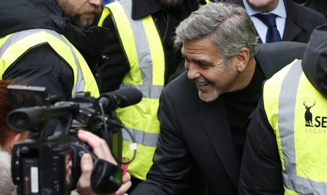George Clooney o wielkim sercu. Kupuje kanapki, by pomagać bezdomnym [ZDJĘCIA]