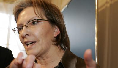 Ewa Kopacz nadal myśli o finansowaniu zapłodnienia in vitro z budżetu