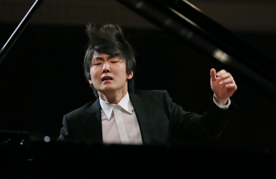 Październik 2015: Seong-Jin Cho laureatem XVII Międzynarodowego Konkursu Pianistycznego im. Fryderyka Chopina