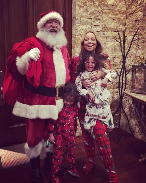 Mariah Carey z dziećmi i Mikołajem