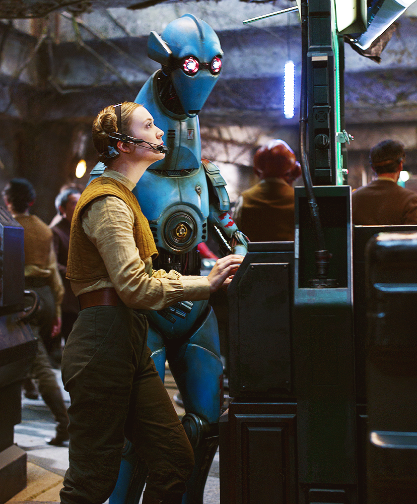 """Billie Lourd wraca do """"Gwiezdnych wojen"""""""