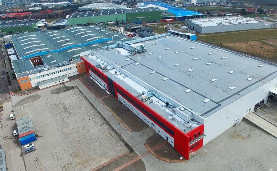 Na pierwszym planie nowy zakład Nexteer Automotive w Tychach