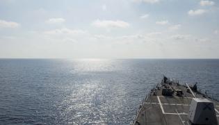 USS William P. Lawrence na Morzu Południowochińskim