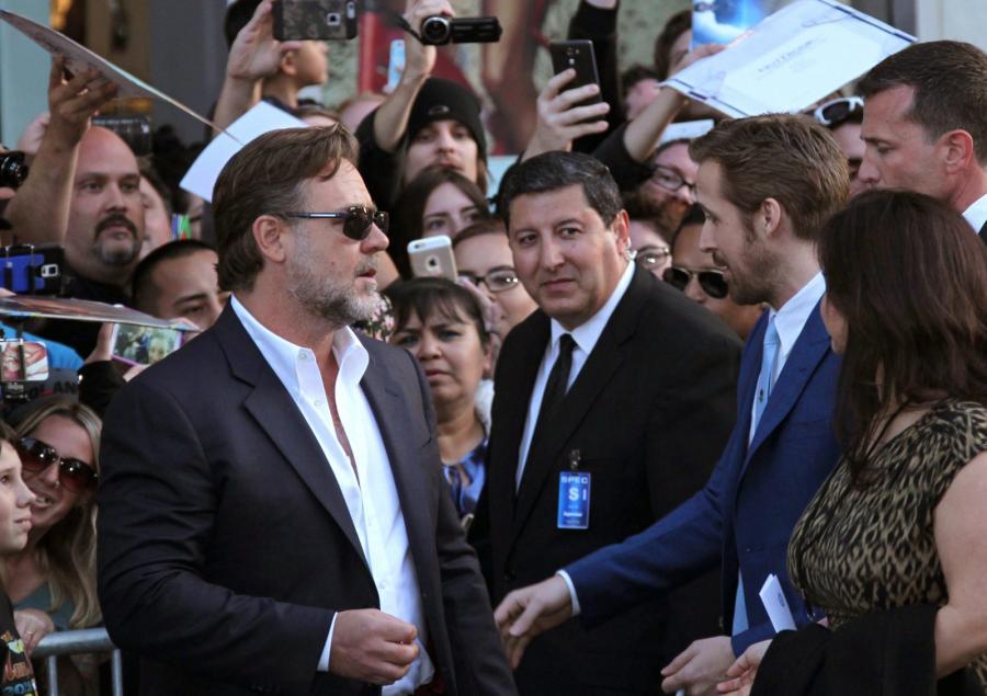 """Ryan Gosling i Russell Crowe na premierze filmu """"Nice Guys. Równi goście"""""""