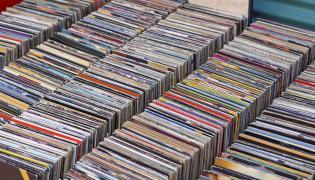 Płyty kompaktowe dzięki Brexitowi bardziej opłaca się kupować w Wielkiej Brytanii niż w Polsce