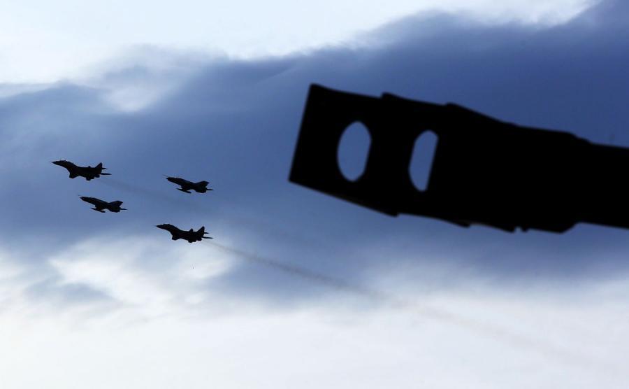Defilada lotnicza z okazji szczytu NATO