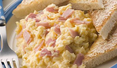 W Warsie najszybciej znika jajecznica