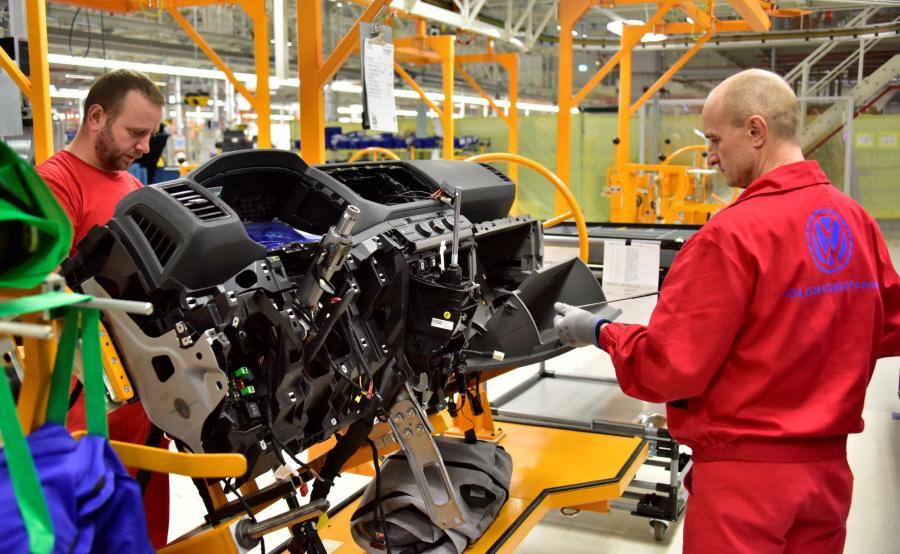Volkswagen Poznań jest największym pracodawcą w regionie i jednym z największych w kraju. Przez prawie 25 lat w zakładach powstało blisko trzy miliony pojazdów, które ze stolicy Wielkopolski trafiają do odbiorców na całym świecie