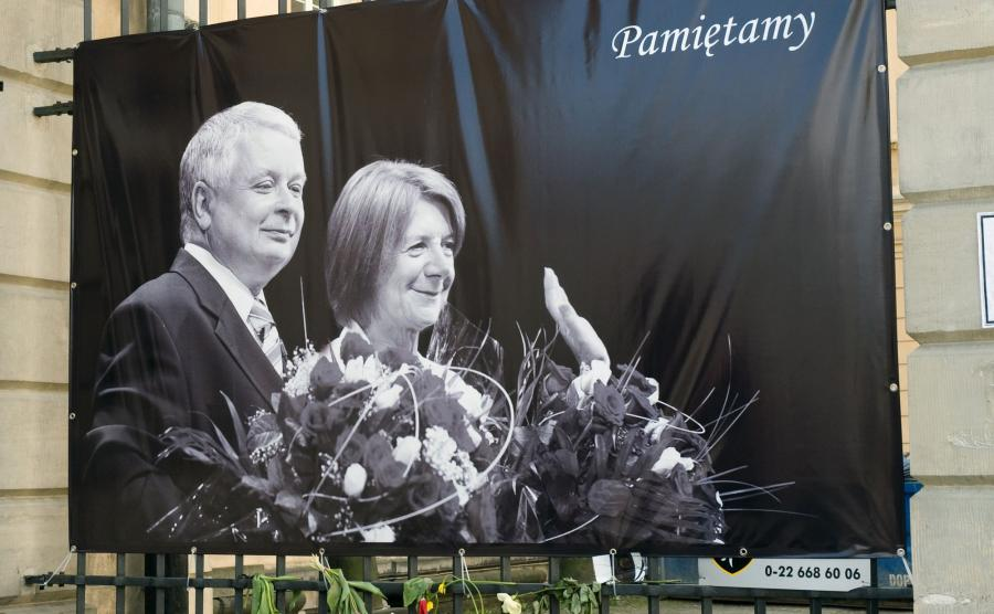Plakat z parą prezydencką