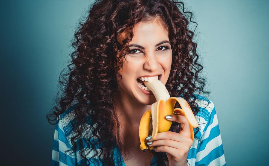 Nastolatka je banana